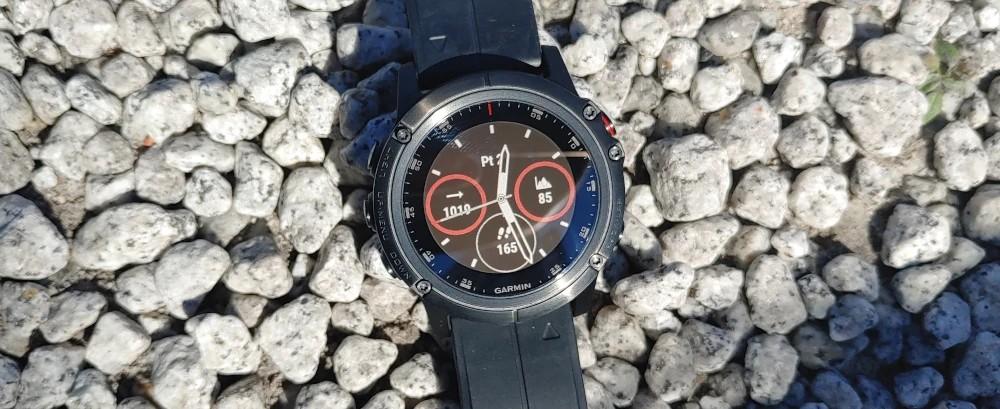 Garmin zegarek sportowy ze szkłem szafirowym