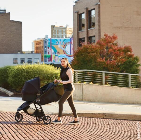 Model wózka 2w1 dla dzieci od urodzenia do 4 roku życia